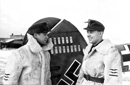 Oblt. Felix-Maria Brandis, Staffelkapitän of 10.(Z)/JG 5 on the right, and his Bordfunker Fw. Herbert Baus. Eastern Front 1942/43.